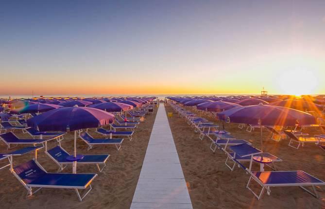 Marano Beach 135